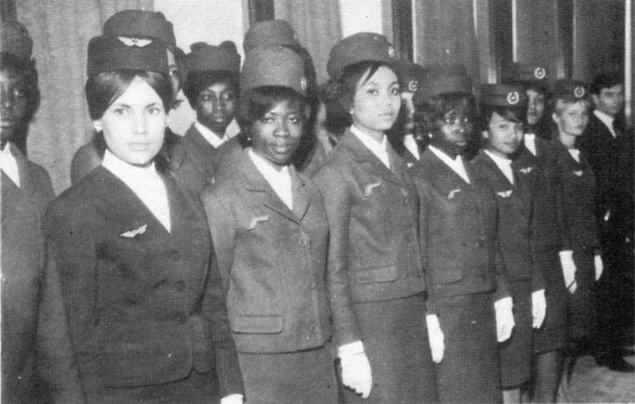 Les Uniformes Des Hotesses Air Afrique
