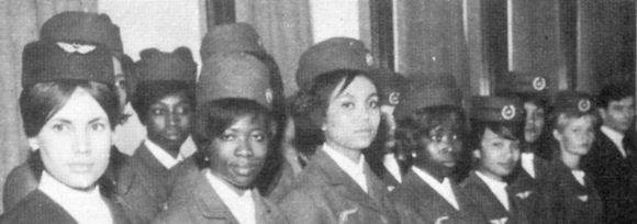 1963 Première promotion hôtesses