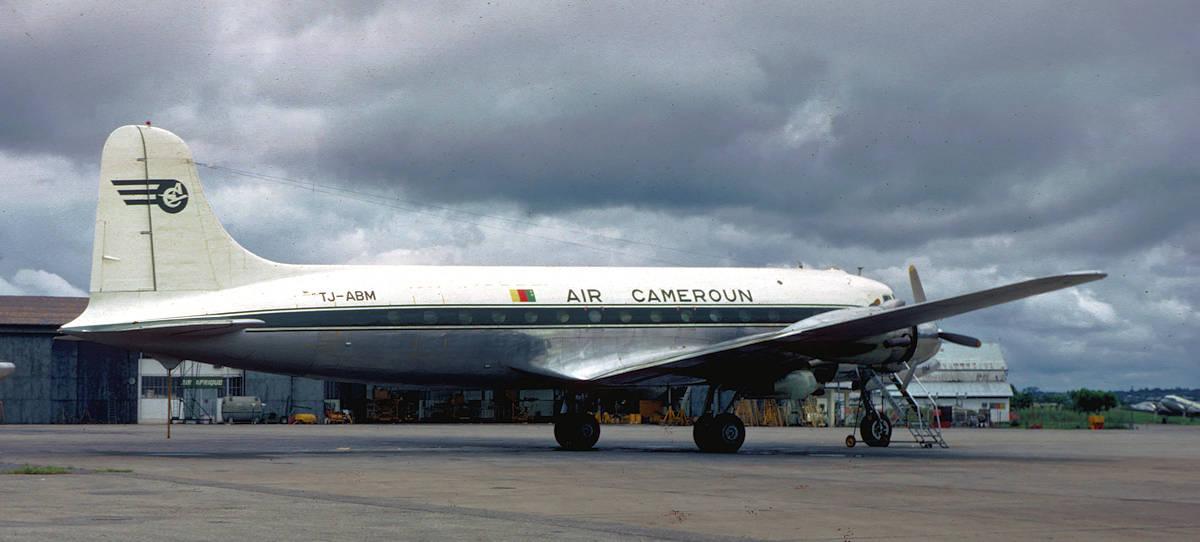 DC-4 TJ-ABM